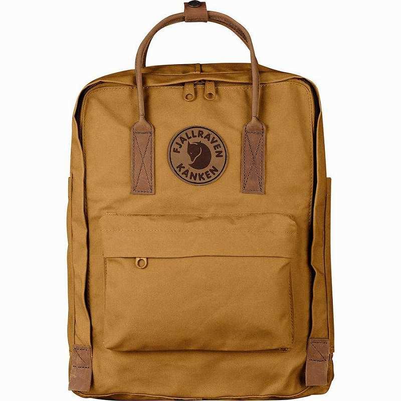 【エントリーでポイント5倍】(取寄) フェールラーベン ユニセックス カンケン No.216L バックパック Fjallraven Men's Kanken No.2 16L Backpack Acorn