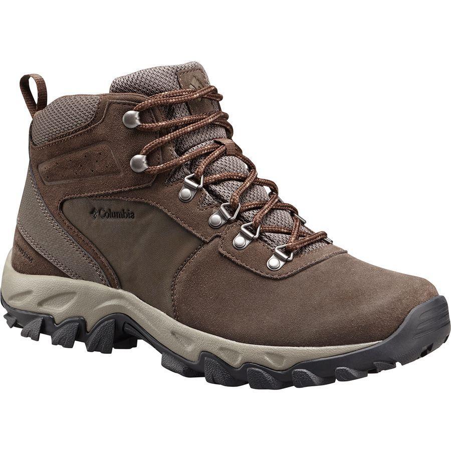 (取寄)コロンビア メンズ ニュートン リッジ プラス 2 WP ハイキング ブーツ Columbia Men's Newton Ridge Plus II Suede WP Hiking Boot Cordovan/Mud