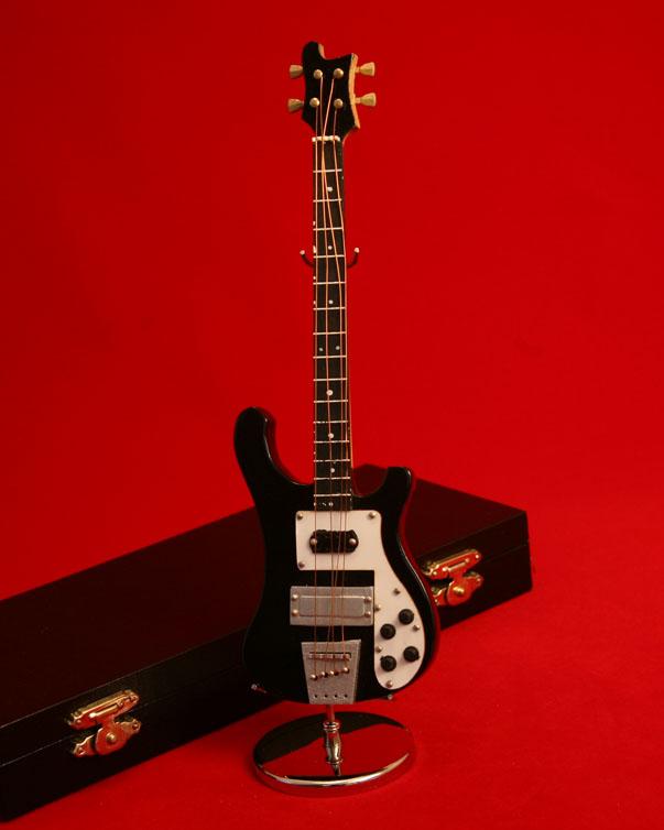 <BR>■ミニチュア楽器 ベースギター GE53B 20cm