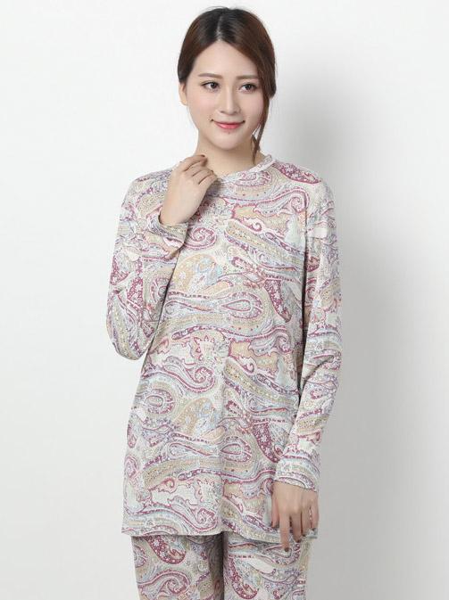 【特売】 婦人用 丸首ニット シルクパジャマ(ペイズリー)ピンク系