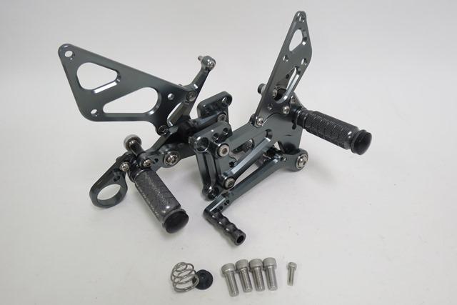 BMW S1000RR 09-14年 調整式 バックステップ CNC加工 灰