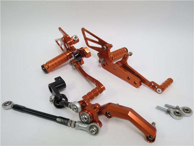 KTM 690 DUKE デューク 2012- 用 調整式 バックステップ CNC 橙