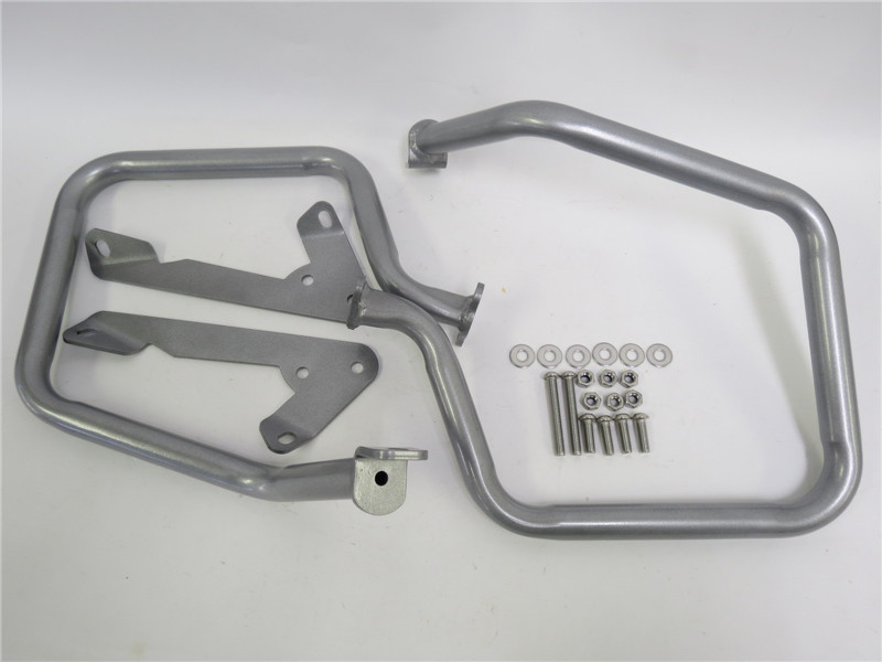 BMW R1200RT 14-17年 パニアケースガード 銀a37