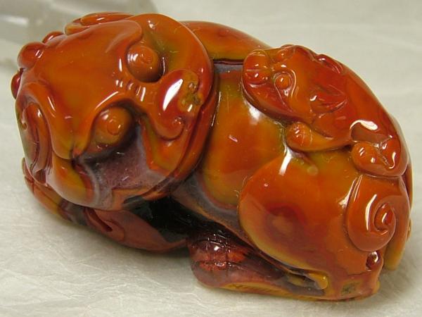 ■龍香堂■☆南紅瑪瑙柿紅(ナンホンメノウスーホン)彫物「貔貅(ひきゅう)」59mm