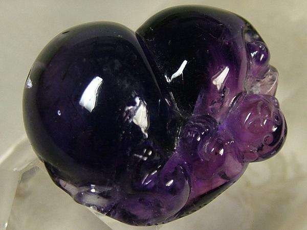 ■龍香堂■☆紫水晶(アメジスト)トップ「瓢箪猿」(33mm)