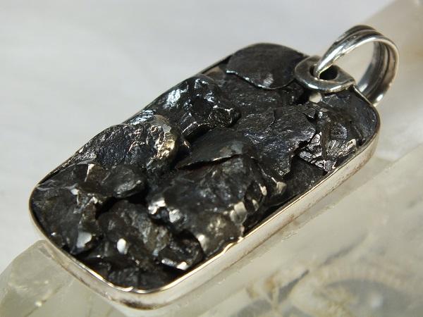■龍香堂■☆隕鉄(Iron Meteorite)銀台ペンダントトップ41mm