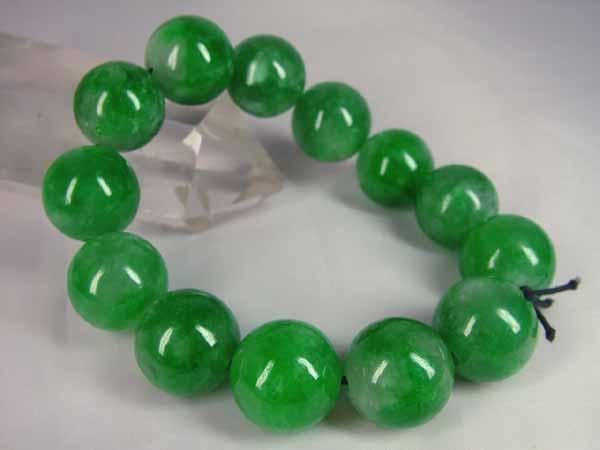 緑色が綺麗な 低価格 ■龍香堂■☆ミャンマー翡翠 供え 19mm大粒玉ブレスレット