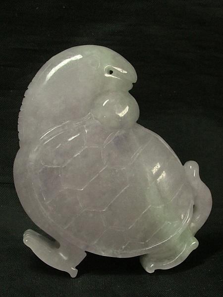 ■龍香堂■☆ミャンマーラベンダー翡翠(ひすい)彫小物「亀」51mm