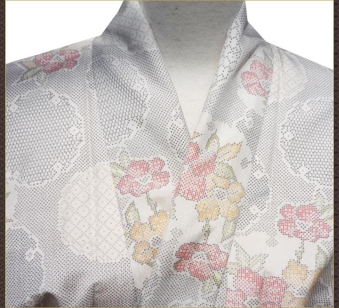 着物 大島紬 白色 正絹 リサイクル着物 中古着物 アンティーク着物