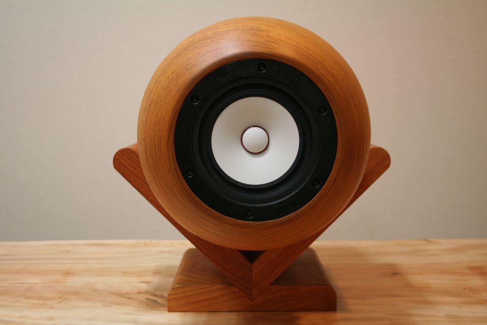 ハイレゾ音源のための空間表現 【回折型スピーカー】 【音蔵 F-15M01W】 欅 ペア
