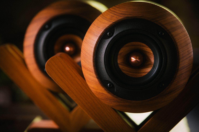 ハイレゾ音源のための空間表現 【回折型スピーカー】 【音蔵 F-08S0W】欅 ペア