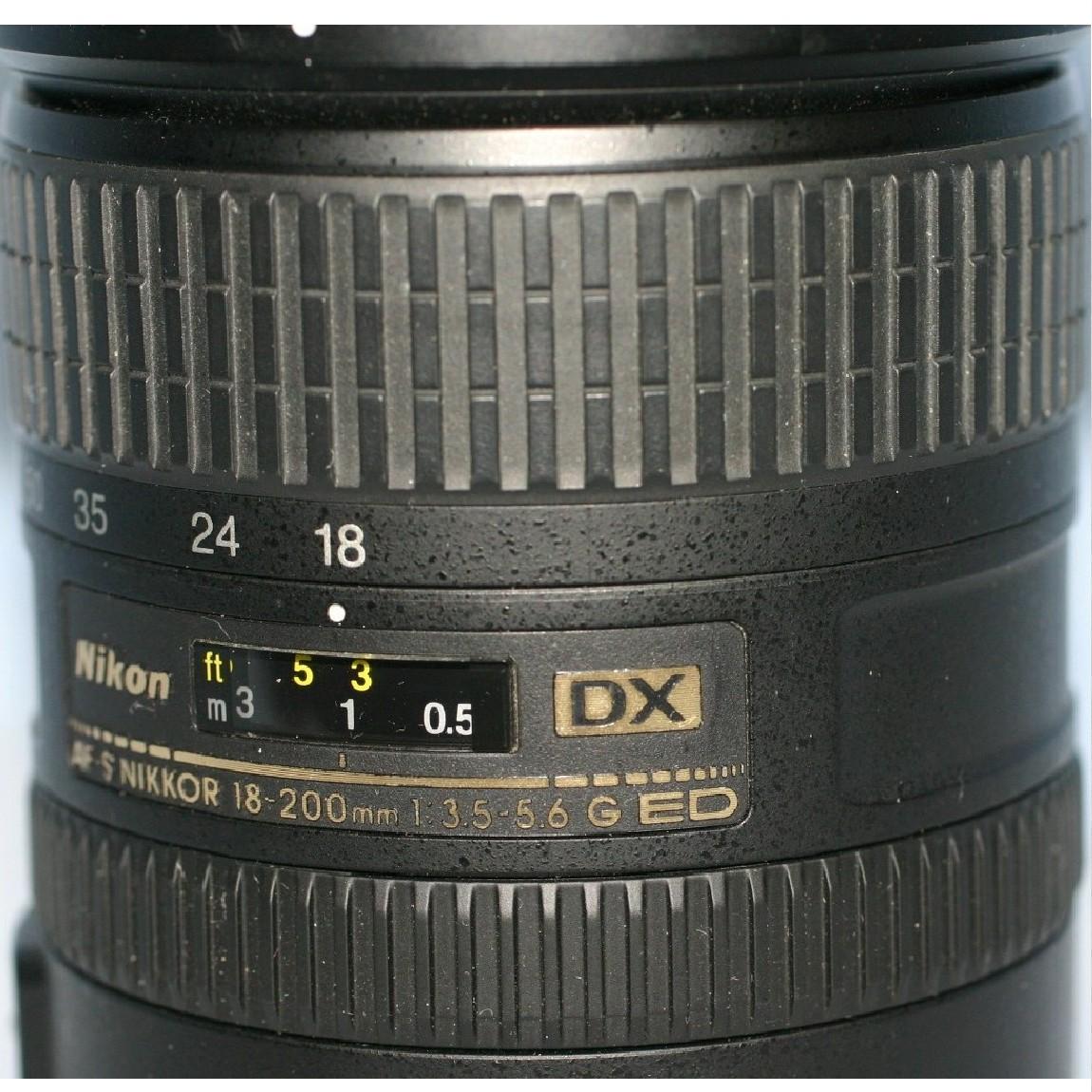 【中古】完動美品ニコンAF-S DX VRズームレンズニッコール18-200mmF3,5-5,6G IF-ED 1ヶ月保証付き