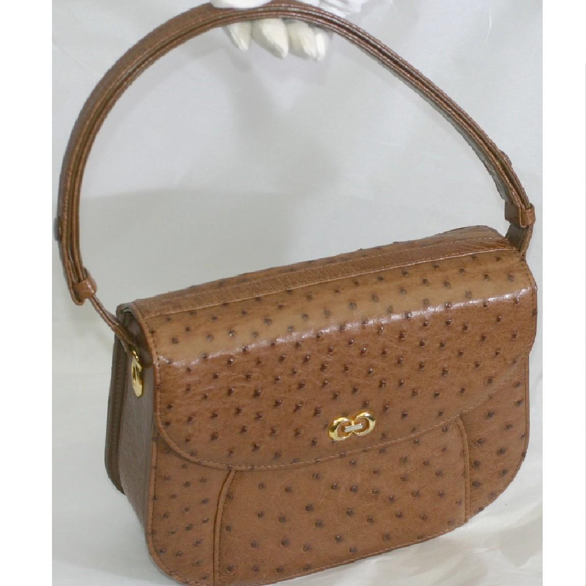 【中古】本物ほぼ新品女性用ブラウン色系大きいオーストリッチ素材セミショルダーバッグ W24,5H18D7,5cm