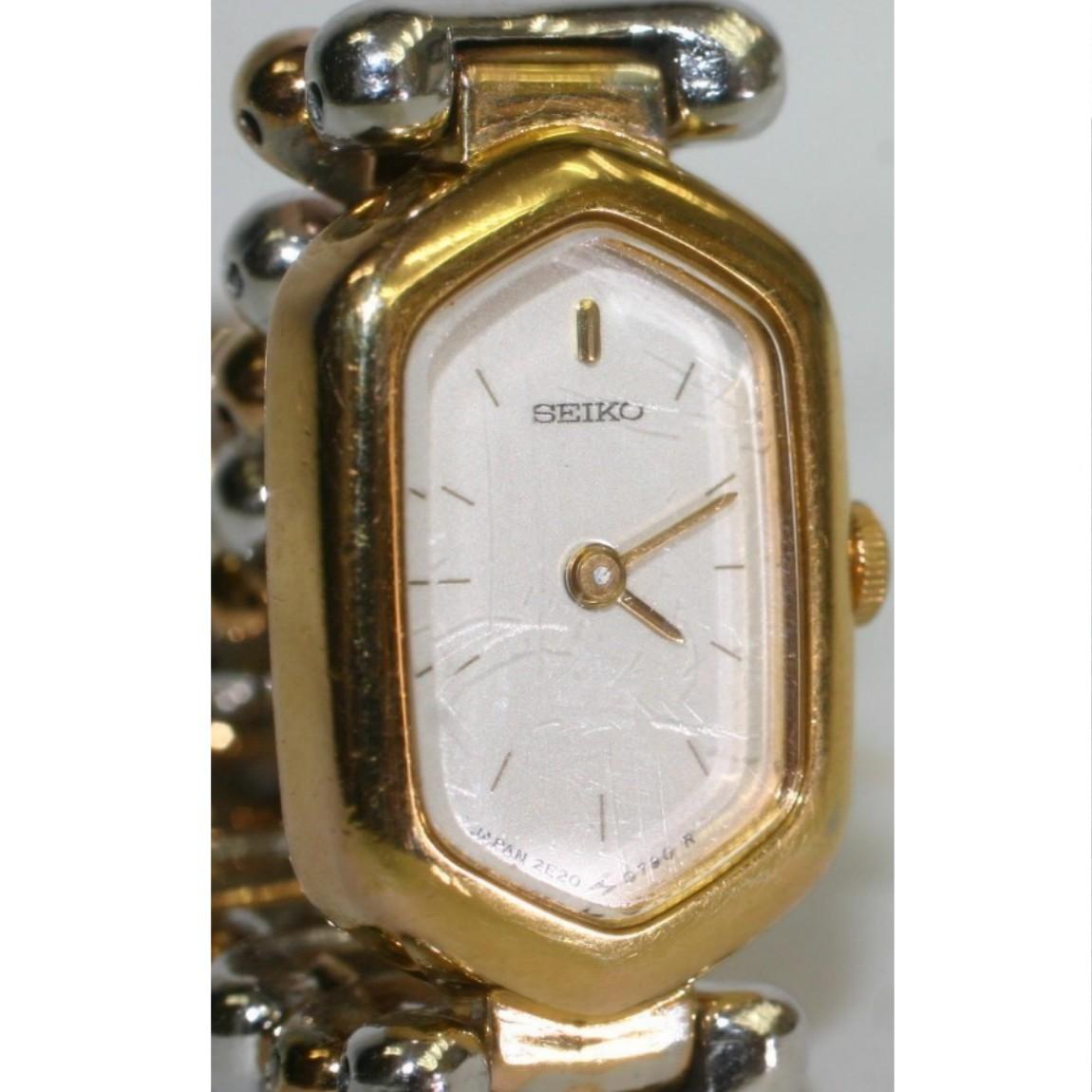 【中古】完動美品セイコー女性用コンビのお洒落な時計2E20-502A 1ヶ月保障付