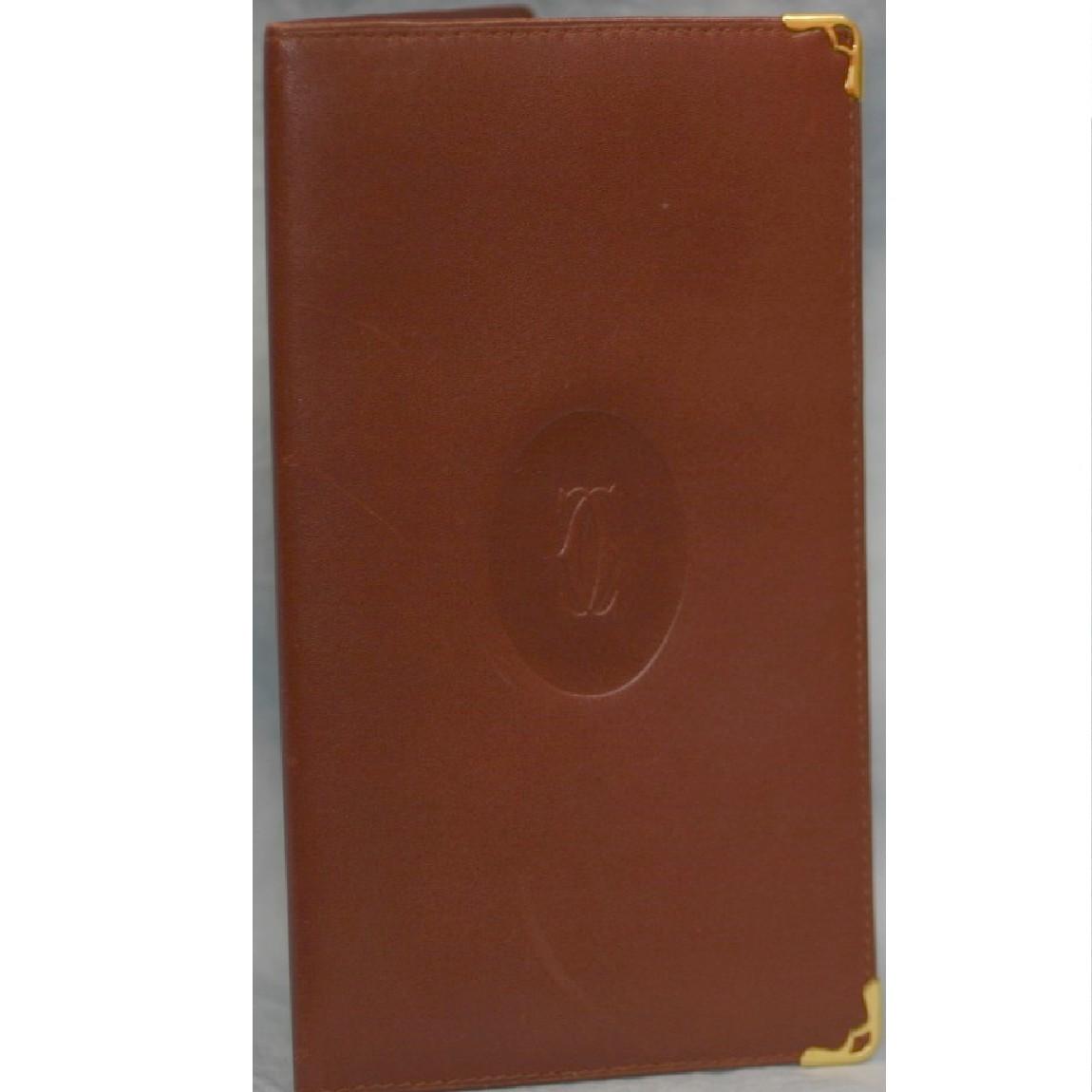 【中古】本物綺麗カルティエ紳士用19x10,8センチボルドー色長財布