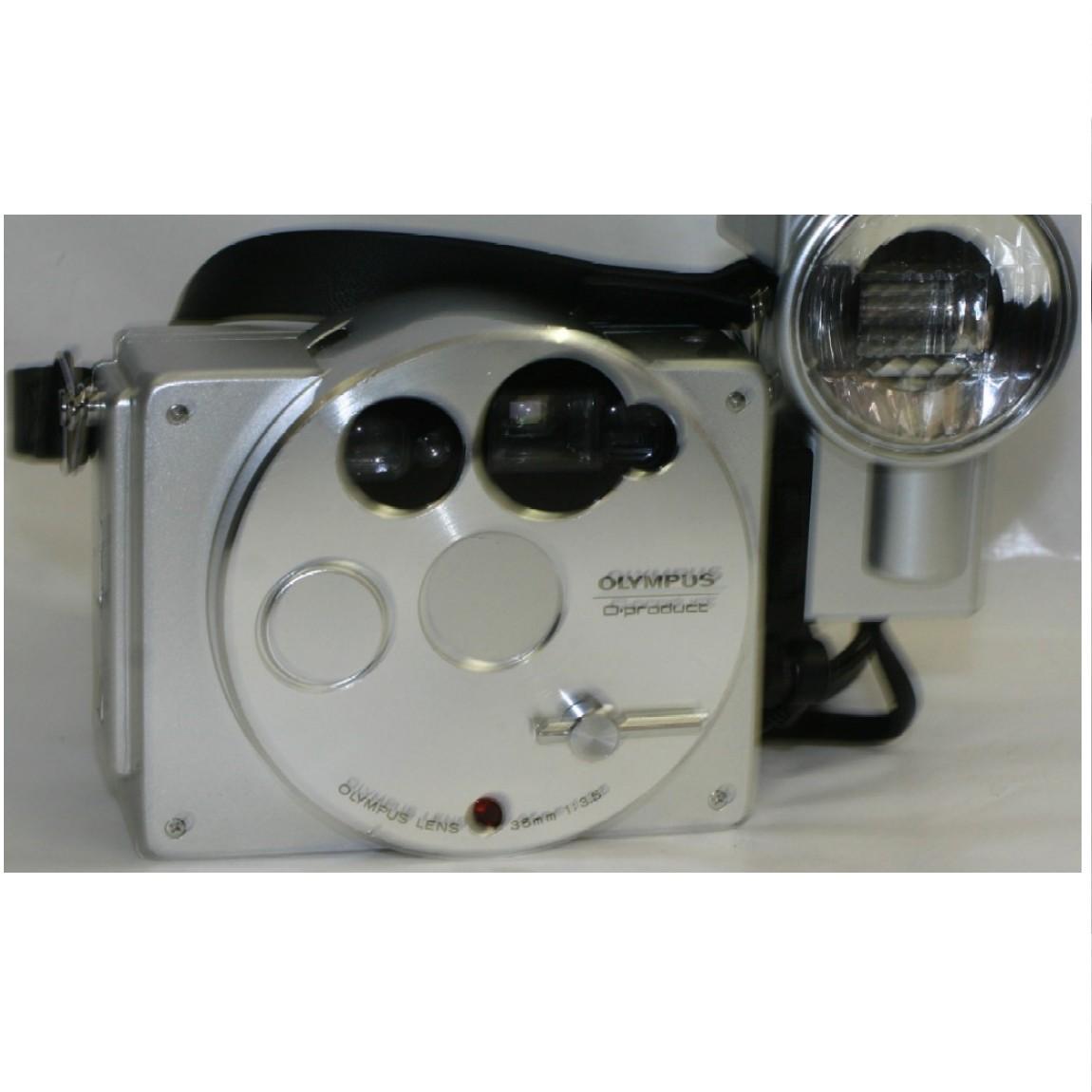 【中古】コレクションに最適オリンパス35mm2万個限定アルミニウム素材綺麗ですがコンパクトカメラストロボ発光しません ○F12-27