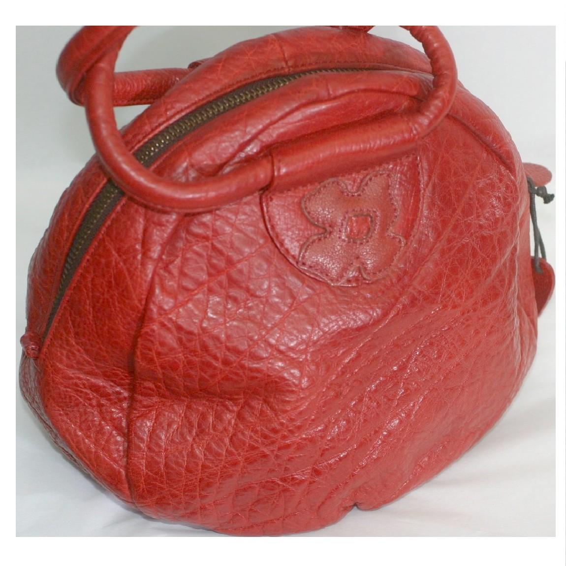 【中古】本物綺麗イビザ女性用丸みを帯びたお洒落なフォルムの赤色可愛いバッグ サイズW23H17D14cm ○C13-253-1