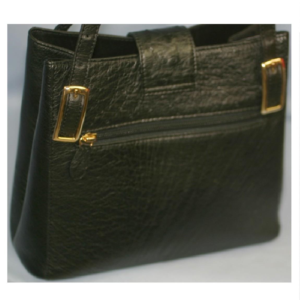 【中古】本物女性用黒オーストリッチ素材23x22センチショルダーバッグ ○C9-79