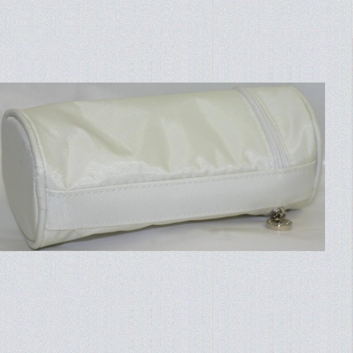 【中古】本物綺麗ブルガリ白いナイロンキャンバス素材の縦長半円形ポーチ|質カラーズ