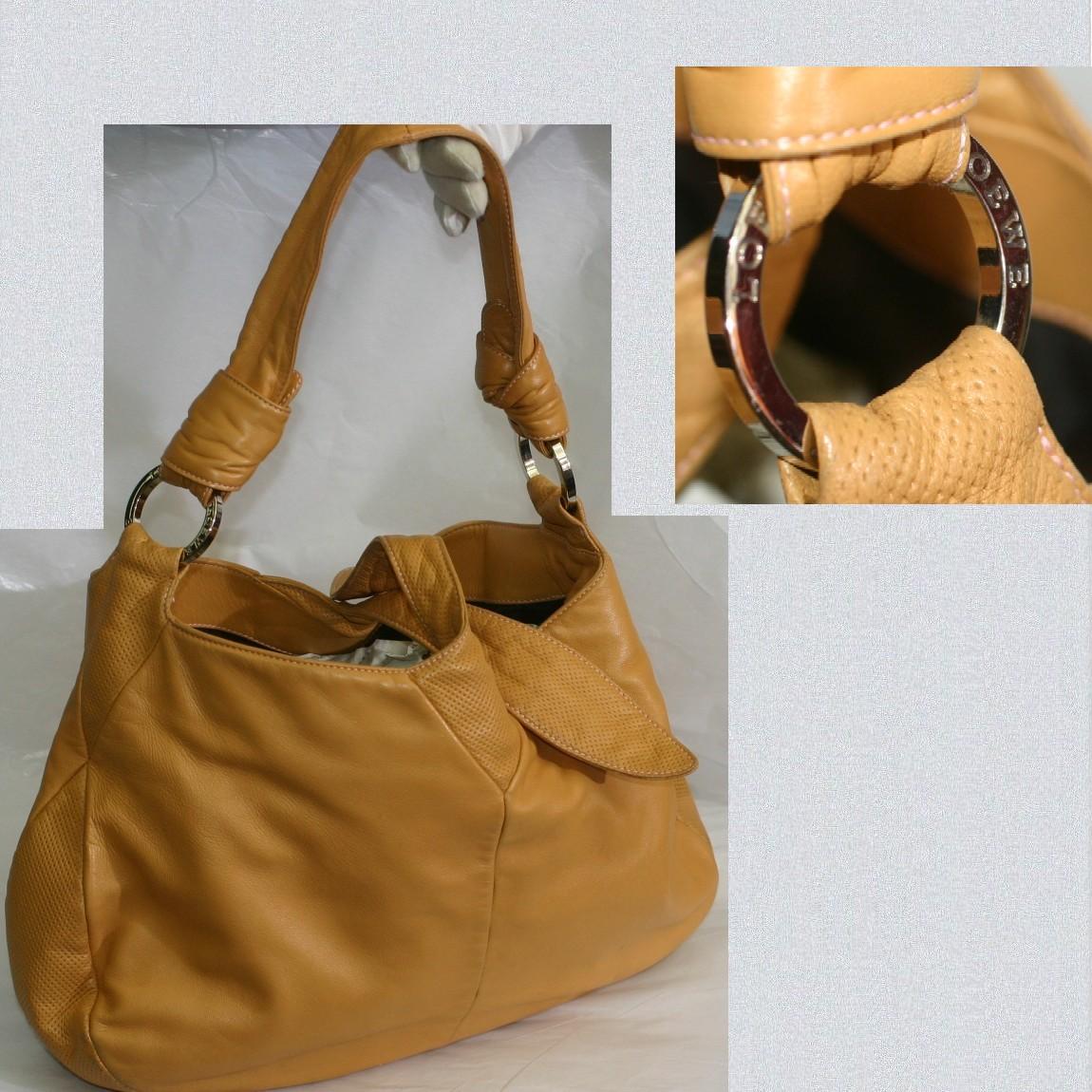 【中古】本物可ロエベ女性用キャメル色柔らかいナッパ素材ショルダーバッグ サイズW34H23D8,5cm