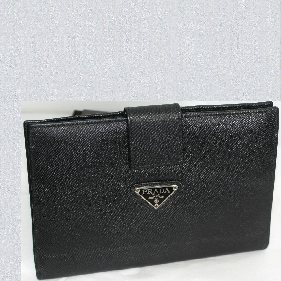 【中古】本物綺麗プラダ女性用黒い革素材札カード小銭入れ W17,5H11.5D1cm お勧めです