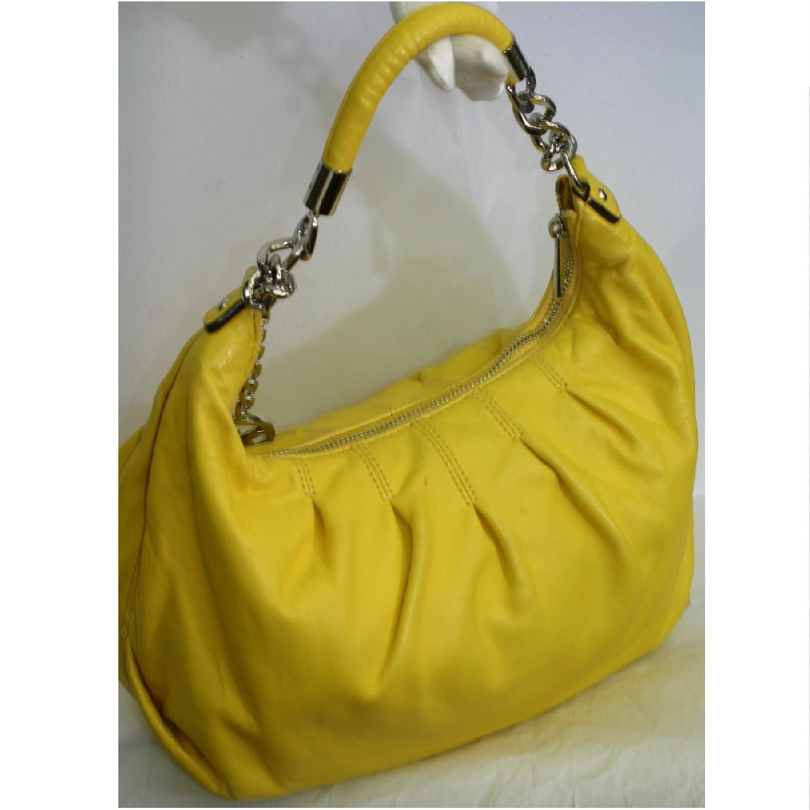 【中古】本物可マイケルコース女性用珍しい黄色い革素材セミショルダーバッグ サイズW34H23D12cm