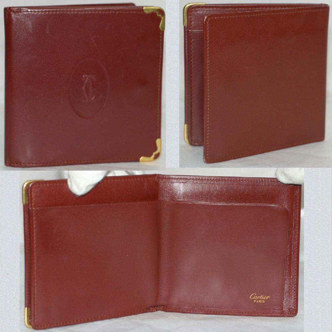 【中古】本物美品カルティエ紳士用10x10cm大きい小銭入れの付いた2つ折り財布 珍しいです