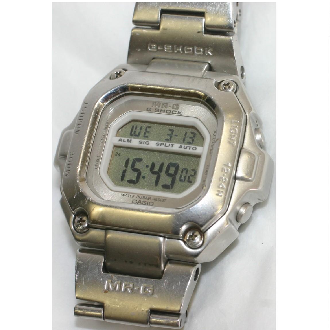 【中古】完動美品カシオ紳士用時計MRG-110T-8 チタン素材1ヶ月保障付