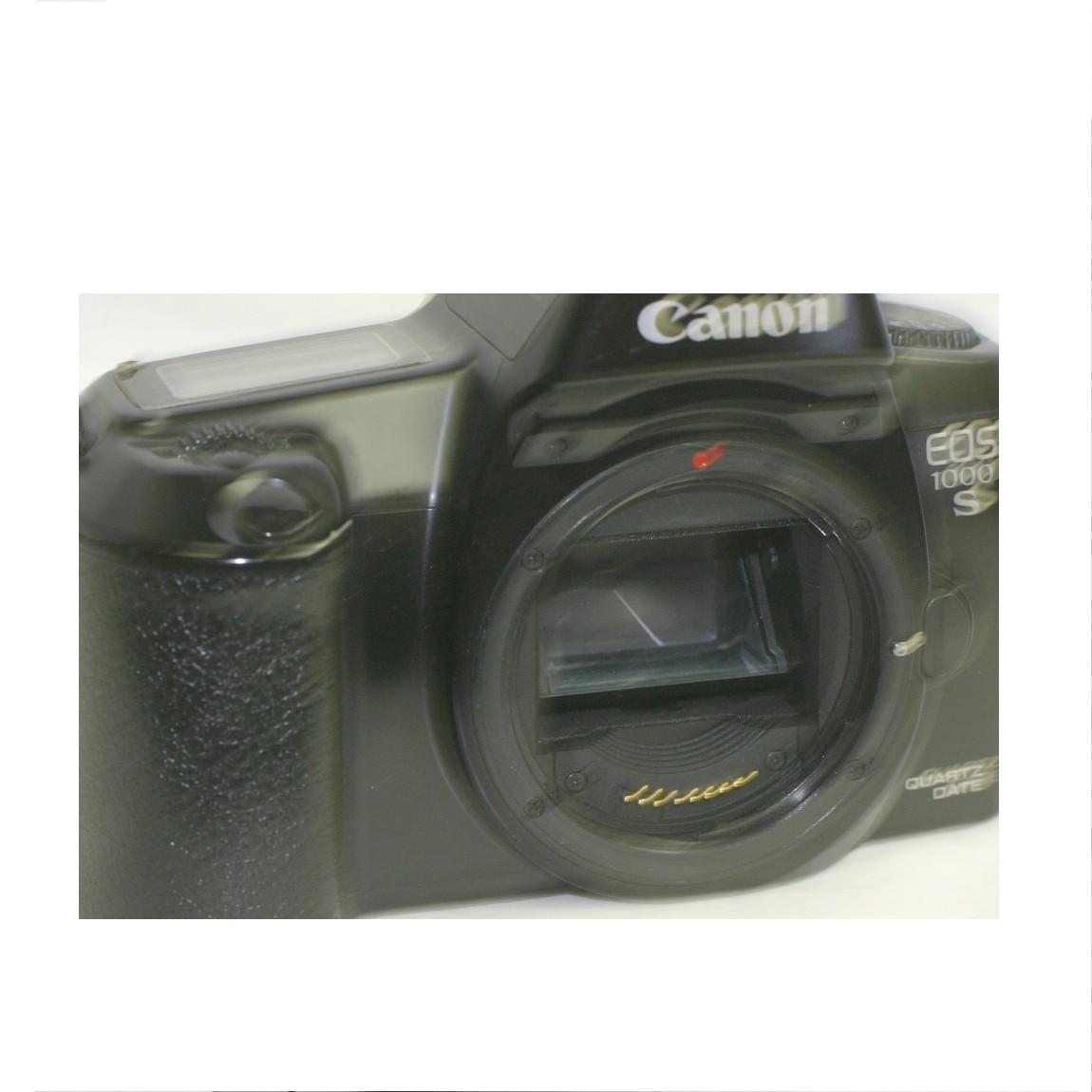 【中古】完動美品キャノンの35mmフィルム使用可能な1眼レフAFカメラEOS1000S ○F14-14-4
