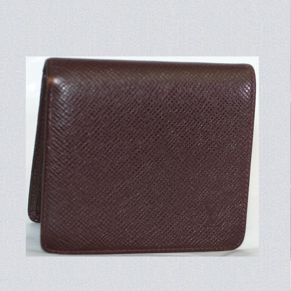 【中古】本物美品L/Vタイガのアカジュー2つ折り財布M30466カード用ポケット6小銭入れつきべたつきありません サイズW10H9D1,5cm