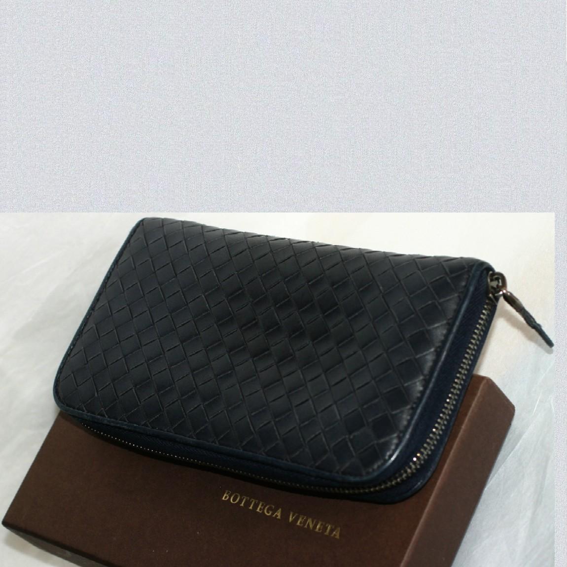 【中古】本物綺麗ボッテガヴェネタ女性用黒に近い濃紺色革素材ラウンドファスナー長財布 お勧めです
