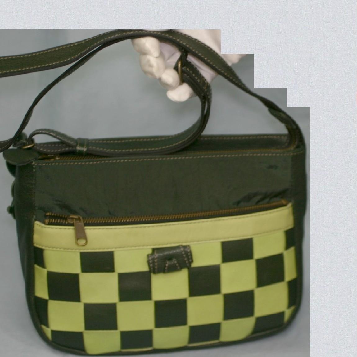 【中古】本物イビザ28センチ緑ナイロンx革x黄色パッチワ-ク付斜掛ショルダ-バッグ