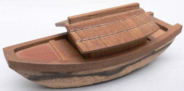 木地寄屋形舟香合
