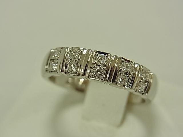 【送料無料】アンブローズ PT900 ダイヤ10石 合計0.20ct #11.5 6.2グラム 指輪【中古】