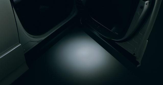 【トヨタ純正】 エントリーライト ★ヴォクシー 80系★