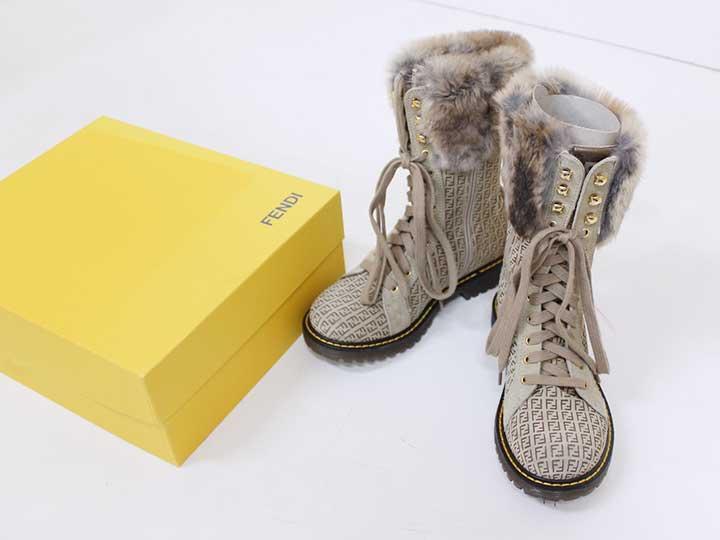 【新規SALE!】新品未使用品[フェンディ/FENDI]19.5cm ブーツ/靴 ベージュ リアルファー 子供 キッズ kids 男の子 女の子 冬