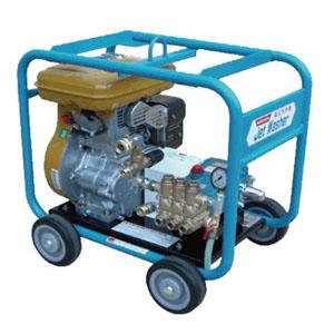 レッキス 730GF 自給式エンジンタイプ高圧洗浄機