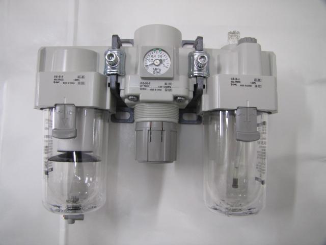 エアーコンビネーション エアー調節器 SMC AC40-04E-B【*送料無料*】【未使用品】【成田店】