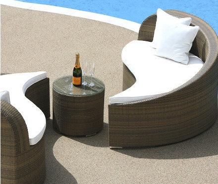落ち着いた南国リゾートのような癒しの空間を… デイベッドソファ & テーブル ♪ 心安らぐアジアンテイスト ♪