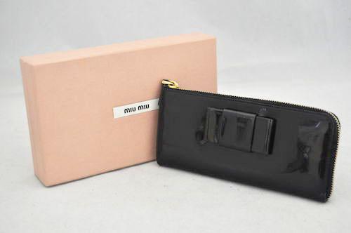 【中古】【ミュウミュウ】miumiu エナメル リボン L字 ファスナー 長財布 黒 ブラック 箱付き