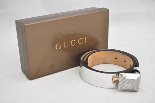 【中古】【美品】【グッチ】GUCCI  スクエアバックル レザー ベルト 85 シルバー メタル 194433 箱付き