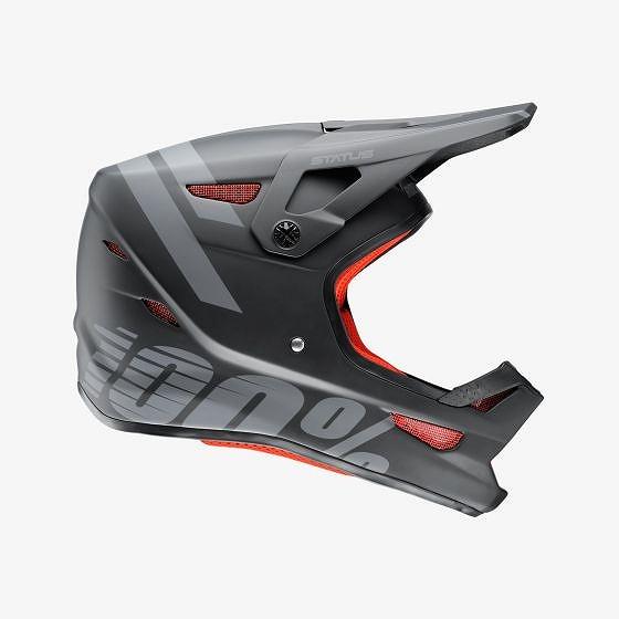 ☆【100%】ステータスフルフェイスヘルメット Black Meteor | L
