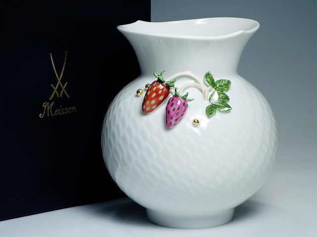 Meissen マイセン 波の戯れ 装飾付き イチゴ 陶花 フラワーベース 花器 花瓶【中古】