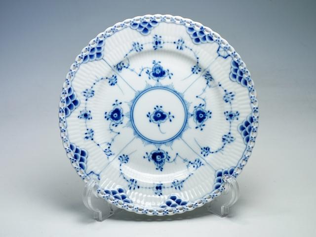 Royal Copemhagen ロイヤルコペンハーゲン ブルーフルーテッド フルレース プレート 17.5cm 中皿 デザート ケーキ皿【中古】