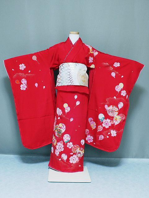格安 ≪可愛い恋人≫ブランドの正絹四ッ身着物 七歳用着物 赤色地に風せん柄着物 X2811