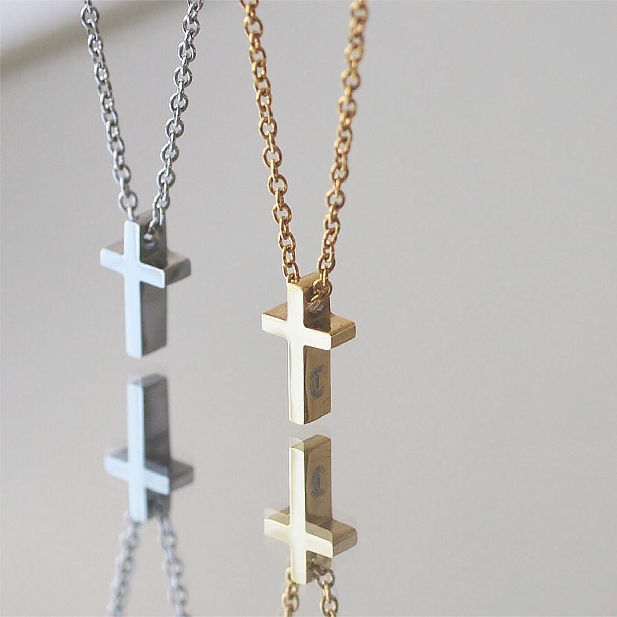 つけっぱなしok 刻印無料  ピュア クロス ペアネックレス イニシャル彫刻 ステンレス ペアペンダント  Lauss PairNecklace