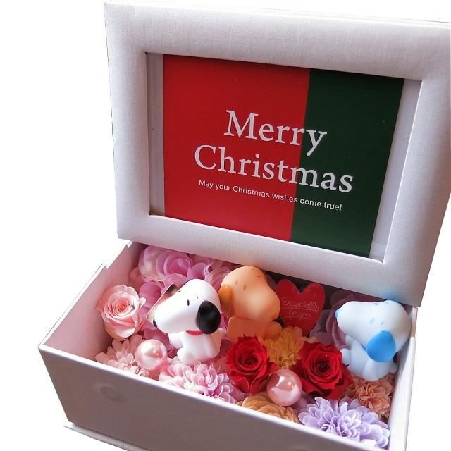 スヌーピー クリスマス 花 写真立て チープ フォトフレーム プリザーブドフラワー入り 色はおまかせ お金を節約 マスコット3個入り カラフル スヌーピーいっぱい 何が入るかはお楽しみに