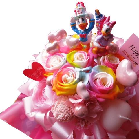 誕生日プレゼント ドナルド デージー入り 花 レインボーローズ プリザーブドフラワー ドナルド デージー バースデーB ケース付き