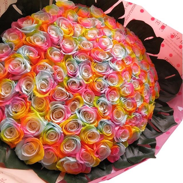 クリスマスプレゼント 花 レインボーローズ 100本 プリザーブドフラワー レインボーローズ 花束 レインボーローズ100本使用 プリザーブドフラワー 花束 枯れずにいつまでもキレイなバラ 花束