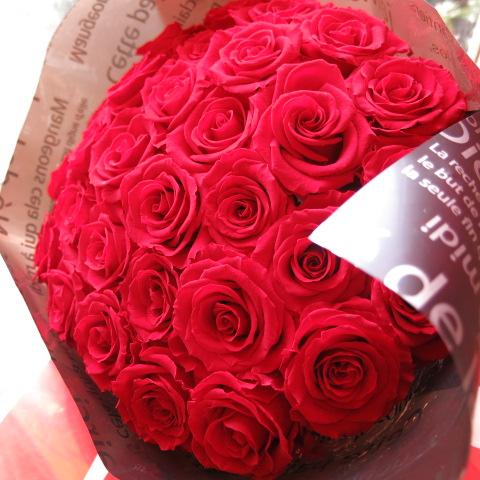 還暦祝い プリザーブドフラワー 花束 赤バラ 成人の日 大輪系赤バラ20本使用 プリザーブドフラワー 花束 枯れずにいつまでもキレイな赤バラ ◆誕生日プレゼント・還暦祝い・記念日の贈り物におすすめのフラワーギフト